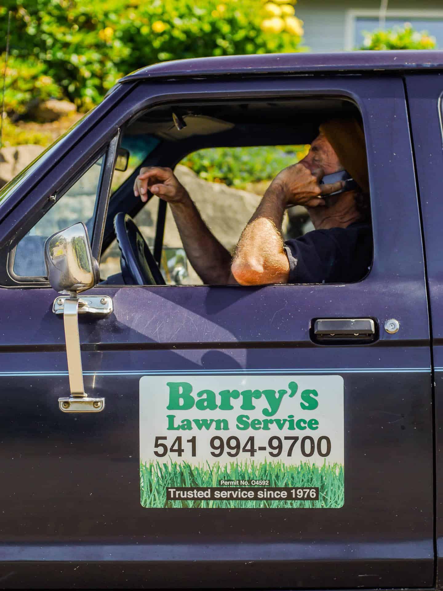 Oregon Berrys Lawn Service Licoln City
