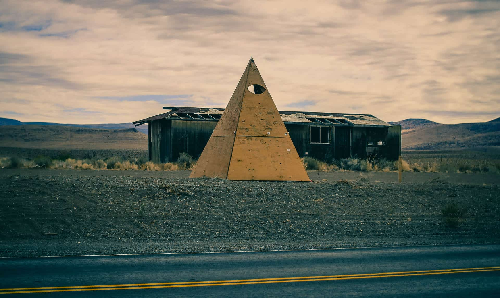 all seeing eye illuminati pyramid lake petroglyphs nevada